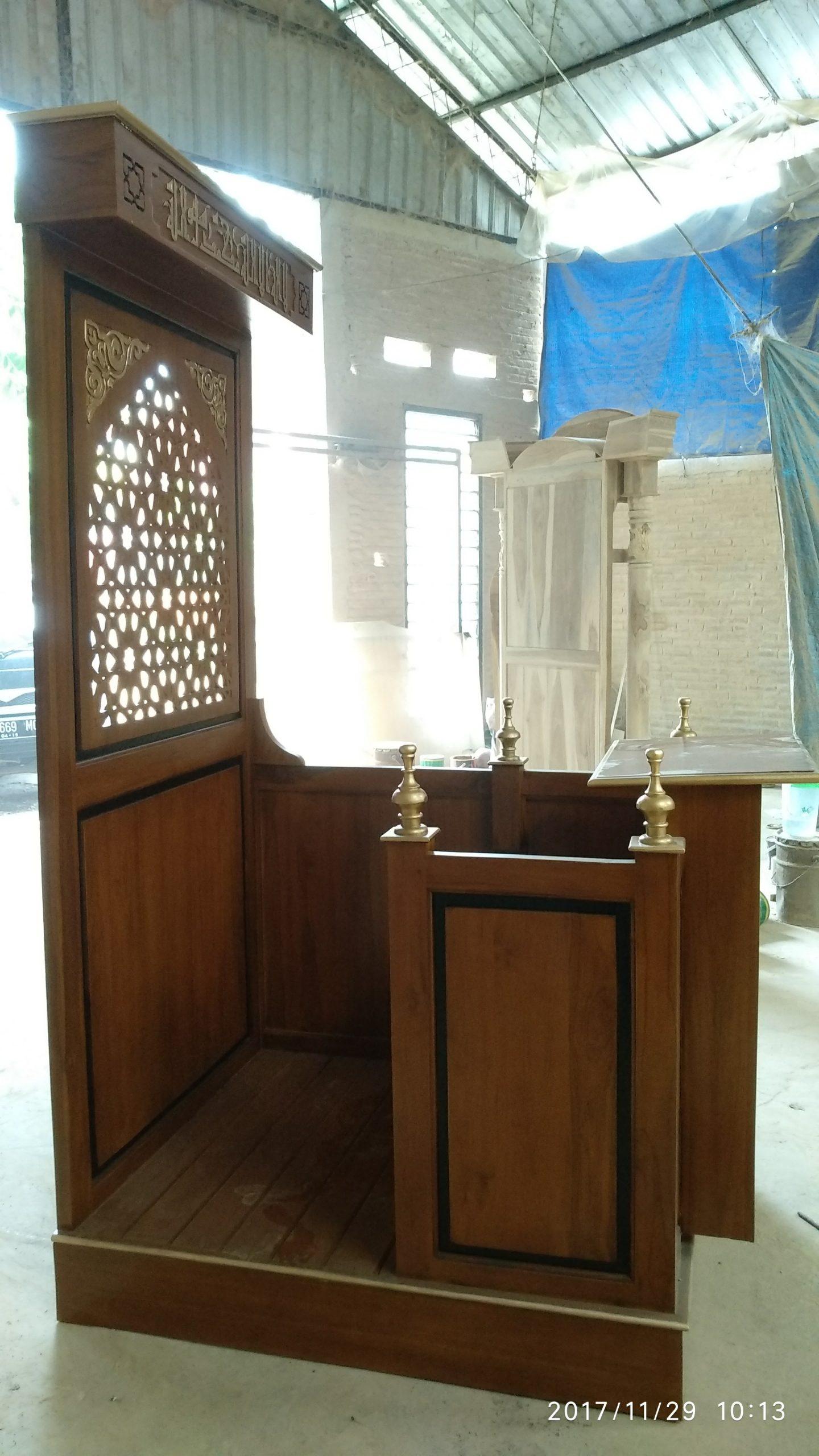 Mimbar Jepara Ornamen Arabic Masjid Daerah Balikpapan