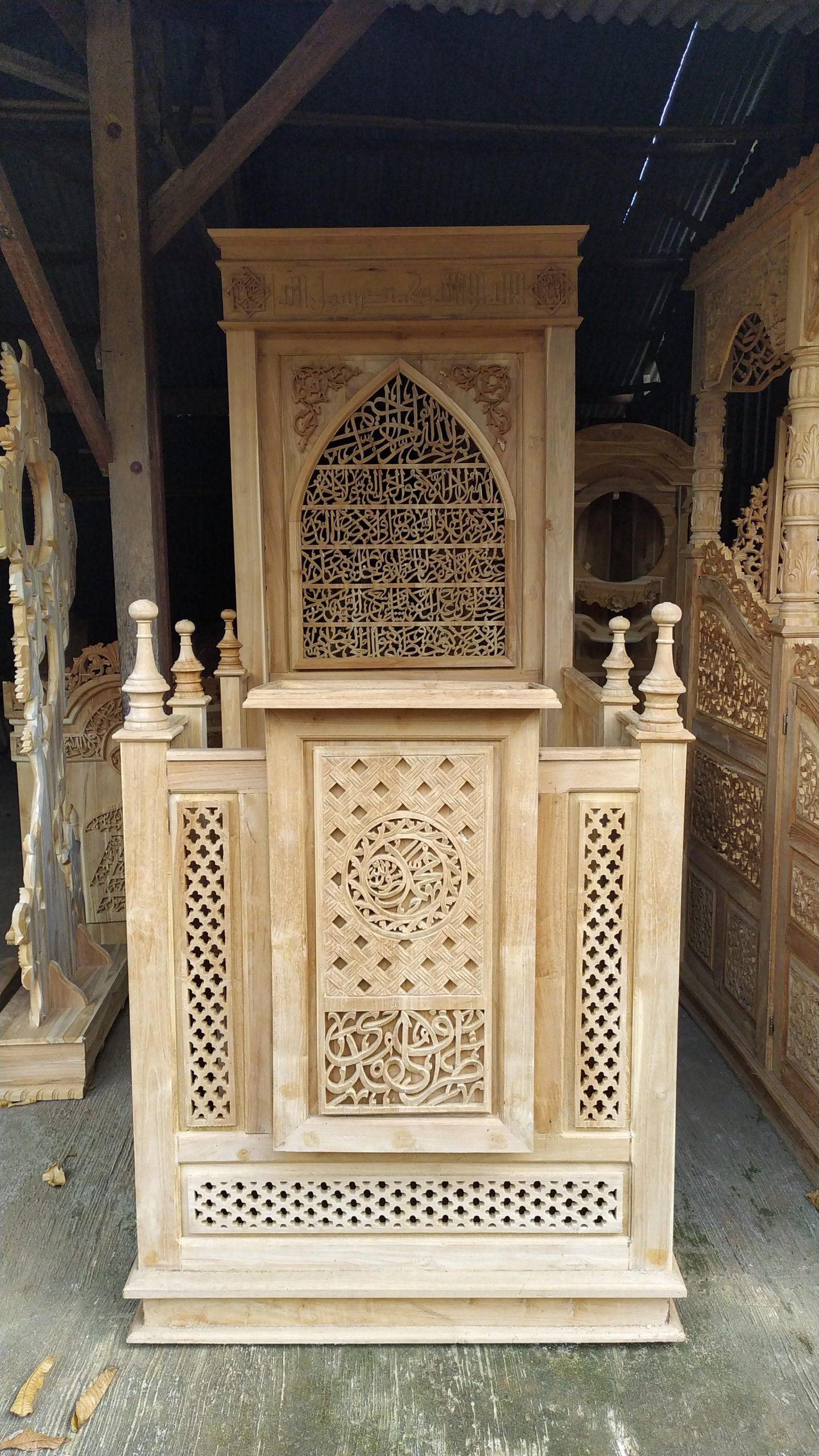 Mimbar Jepara Ornamen Arabic Masjid Wilayah Bekasi