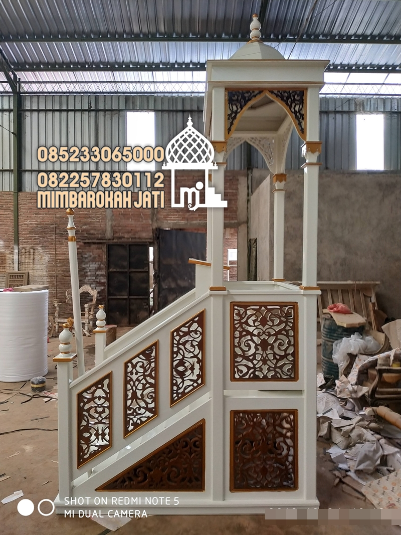 Mimbar Sunnah Ornamen Marocco Masjid Agung Cakung
